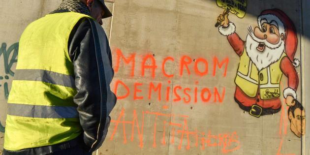 Tra i gilet gialli avanza la tesi complottista su Strasburgo
