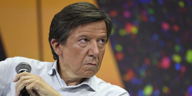 """TF1, """"scandalisé"""" par la coupure de ses chaînes par Canal+, dénonce une prise en """"otage"""" des abonnés"""