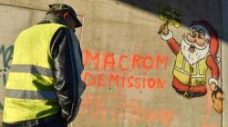 Tra i gilet gialli avanza la tesi complottista su Strasburgo, dito puntato su