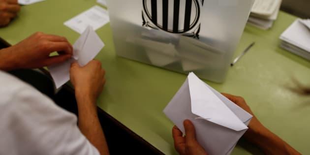 """Le gouvernement catalan annonce 90% de """"oui"""" à l'indépendance"""