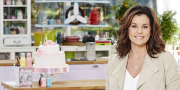 """Faustine Bollaert la présentatrice du """"Meilleur Pâtissier"""" depuis 2010."""