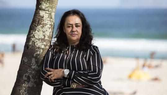 Dia 247: Raquel de Oliveira e a poesia que