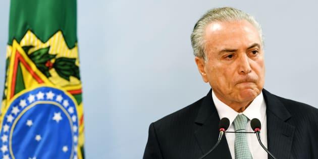 O HuffPost Brasil ouviu 4 especialistas sobre o atual cenário político.