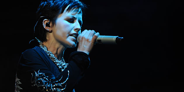 Dolores O'Riordan, cantante del grupo The Cranberries, en la gira de 2010.