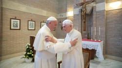 Benedetto XVI e Francesco, causa e effetto. Umanesimo vs pettegolezzi