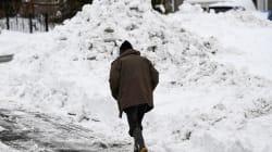 Percorre 8 miglia a piedi sotto la neve per raggiungere il suo paziente: l'atto eroico di un chirurgo in