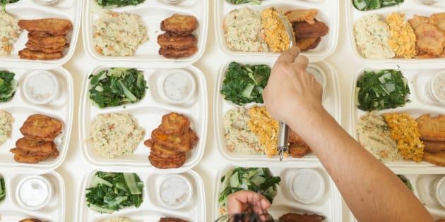 """Disabile lasciato senza cibo a scuola: """"Il ragazzo è incapace di nutrirsi da solo"""""""