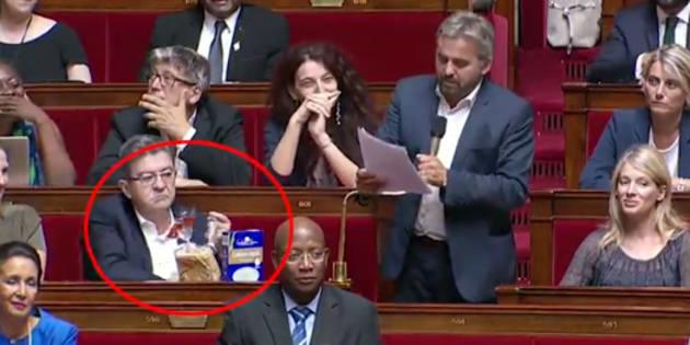 Rugy ne veut plus voir des députés brandir des objets dans l'hémicycle.