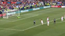 Mbappé crucifie les Croates avec un 4e