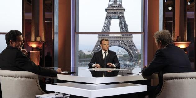 Malgré une interview innovante, l'intransigeance de Macron risque de lui coûter cher.