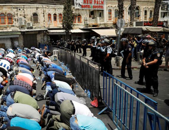 Israel bans men under 50 from Jerusalem holy site