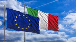 Due bandiere. Il 21 ricordiamo che l'identità europea è