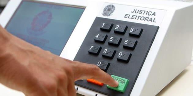 Não há elementos que demonstrem fraude no sistema de urna eletrônica, disseram os ministros.