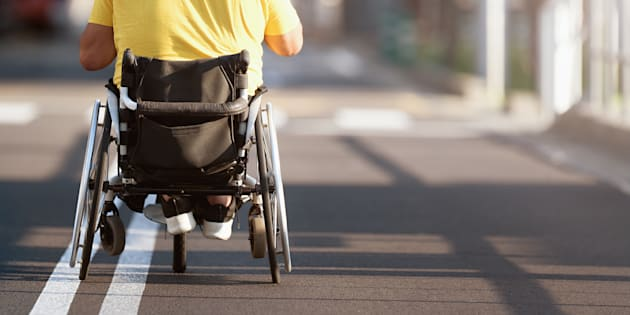 Disabile si ammala dopo due settimane dall'assunzione: dopo le cure l'aziende mantiene la parola e lo riassume