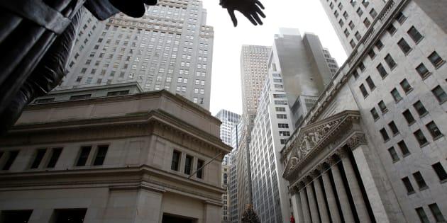La Bolsa de Nueva York en la ciudad de Nueva York. Las formas tradicionales de pensamiento económico no son suficientes para enfrentar los desafíos que enfrentamos, según un nuevo informe.