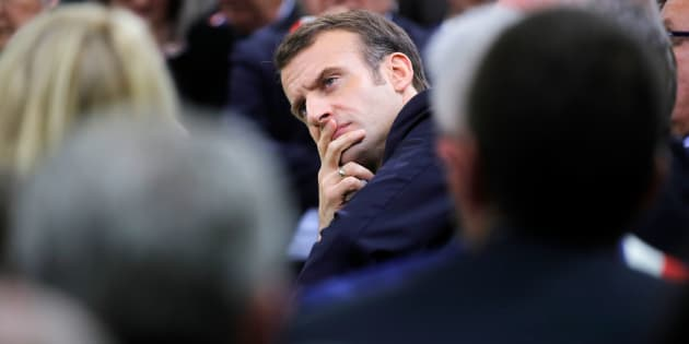 Emmanuel Macron lors du lancement du grand débat à Grand Bourgtheroulde (Eure) le 15 janvier 2019.