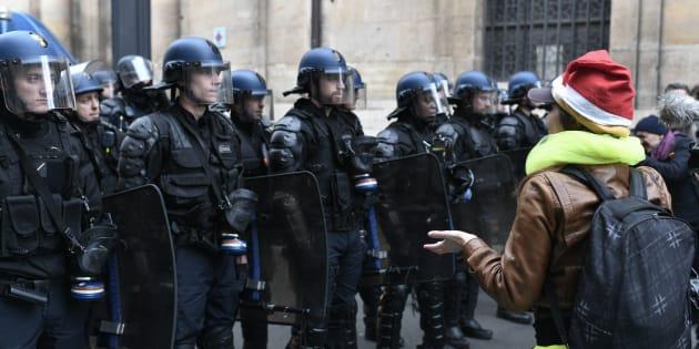 """Le syndicat Unité SGP Police appelle à un """"Acte 1 de la police""""."""