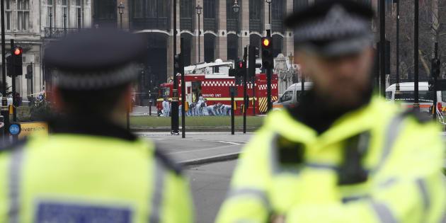 Des policiers à Parliament Square à Londres le 23 mars 2017.