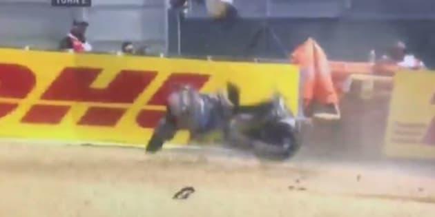 Au Grand Prix de moto du Mans, ce pilote est sorti indemne d'un terrible accident.