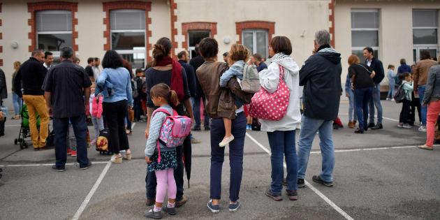 """Un """"moment de recueillement"""" est prévu dans toutes les écoles en hommage au colonel Arnaud Beltrame."""