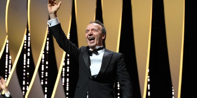 """Au festival de Cannes, Roberto Benigni invente une expression géniale: """"être plein de joie comme une pastèque""""."""