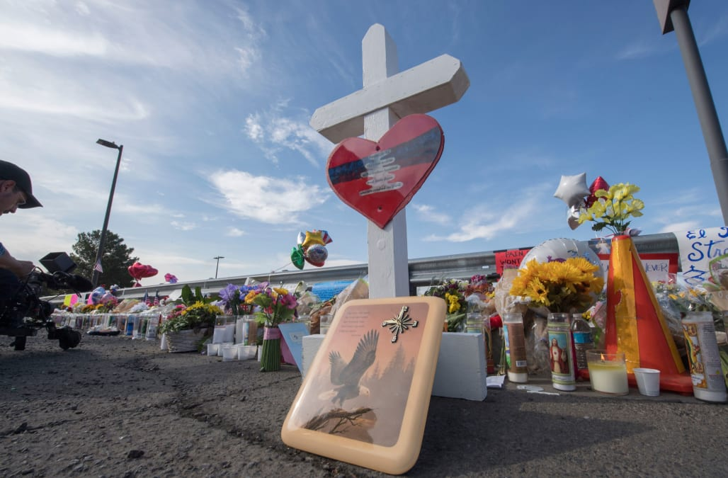 31 killed in 2 US shootings, and it could have been worse