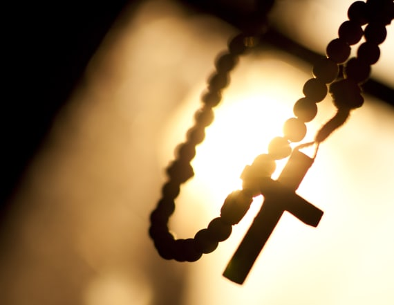 30 women accuse Catholic priest of sexual abuse