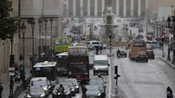 パリ市、ガソリン車の乗り入れ禁止目指す「時は迫っている」