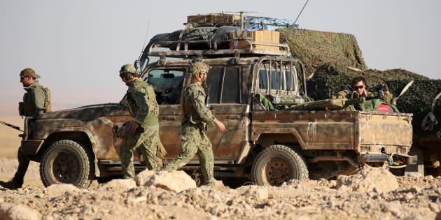 Fuerzas occidentales, lideradas por EEUU, desplegadas en Ain Issa, Siria, a inicios de noviembre de 2016.
