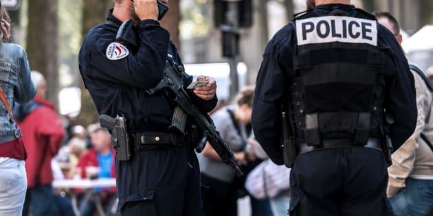 Corbeil-Essonnes: Deux voyageurs grièvement blessés au couteau à la gare, la piste terroriste écartée