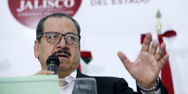 """Ces agents des forces de l'ordre, dont une femme, ont """"avoué avoir livré (les Italiens) à des membres du crime organisé de Tecalitlan"""", une ville de 16 500 habitants située à environ 600 kilomètres à l'ouest de Mexico, a déclaré au cours d'une conférence de presse le procureur de cet Etat, Raul Sánchez."""