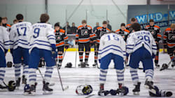 Slain Ontario Teen's Minor Hockey Team Returns To The Ice In