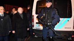 Violents affrontements à Calais, 4 migrants blessés par balles entre la vie et la