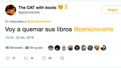 Vas a echarte unas buenas risas con la respuesta de Pérez-Reverte a esta amenaza en