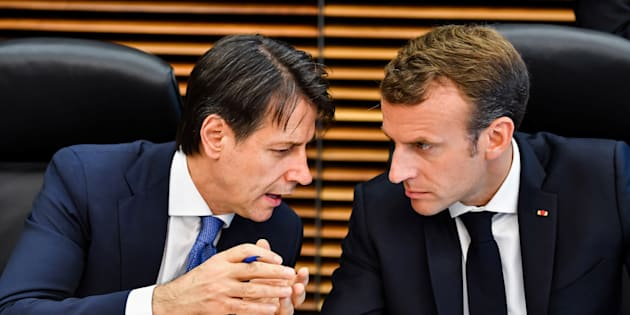 Emmanuel Macron et Giuseppe Conte improvisent une rencontre à Rome.