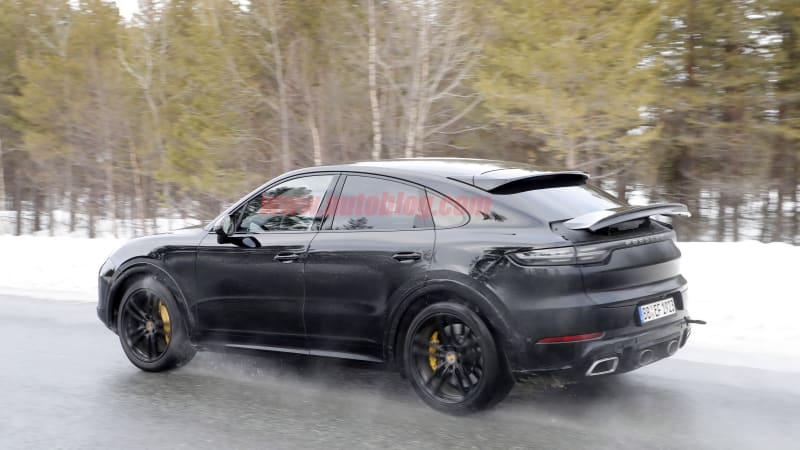 Possible Porsche Cayenne Coupe GT spied, plus exhaust note clip
