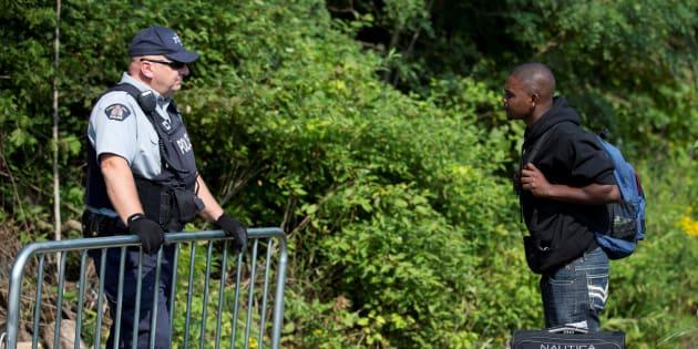 Si Ottawa décidait de suspendre l'Entente sur les tiers pays sûrs avec les États-Unis, les demandeurs d'asile haïtiens pourraient faire leur demande en bonne et due forme en passant par les postes frontaliers.