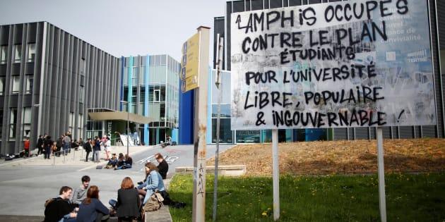 À Nantes, deux enseignants sanctionnés après le blocage des examens en mai
