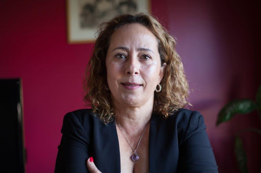 """Iara Lobo é a 224ª entrevistada do """"Todo Dia Delas"""", um projeto editorial do HuffPost Brasil."""