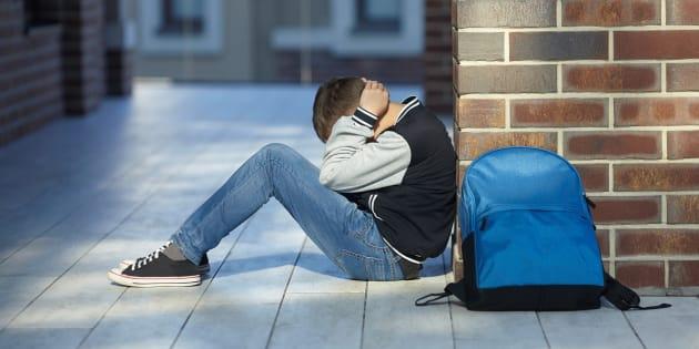 Docenti dimenticano alunno durante la gita scolastica: denunciati