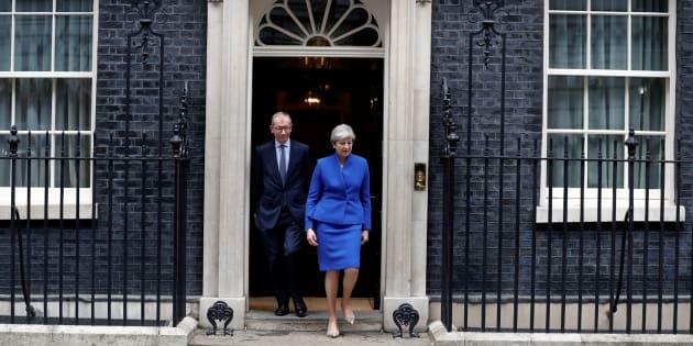 Résultat des élections en Grande Bretagne: Theresa May ne démissionne pas et forme un nouveau gouvernement