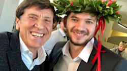 Morandi mostra tutto il suo orgoglio di nonno per la laurea del nipote (figlio di Biagio