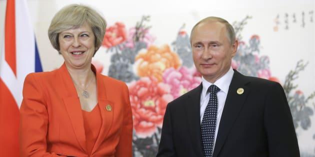 Ex-espion russe empoisonné: Comment l'affaire peut profiter à la fois à May et à Poutine