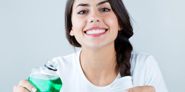 De niños a todos nos dijeron alguna vez cómo lavarnos los dientes correctamente, pero ¿lo recuerdas?