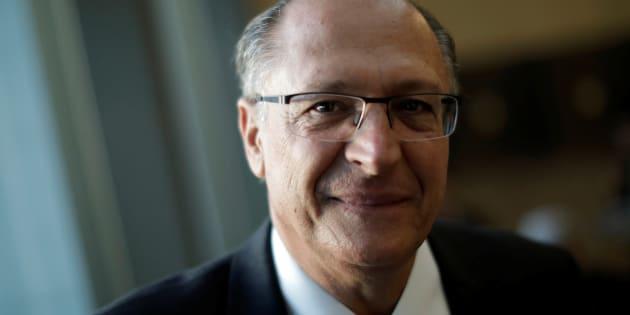 """""""Agradeço ao jovem líder empresarial Josué Gomes pelas palavras de apoio"""", escreveu Alckmin sobre artigo de Josué Alencar."""