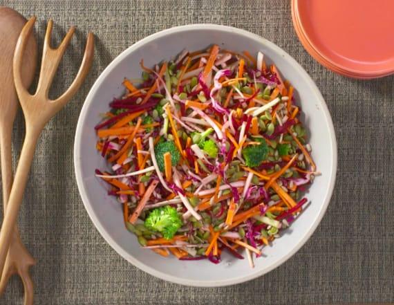 Best Bites: Crunchy root detox salad