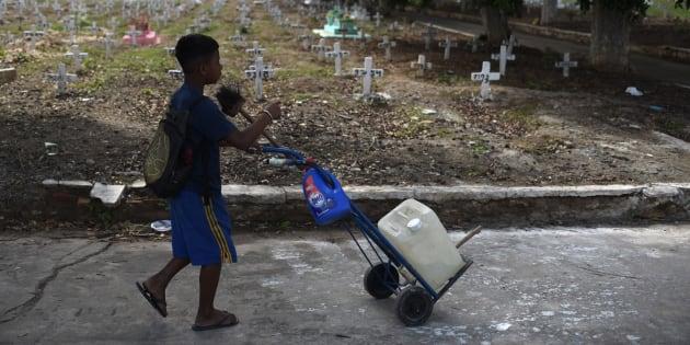 72% das crianças de 5 a 13 anos que trabalham no Brasil são pretas ou pardas, afirma IBGE.