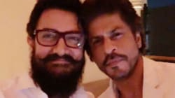 Shah Rukh Khan And Aamir Khan Pose For A Selfie For The First Time In 25