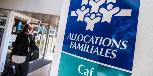 La CAF s'excuse auprès d'une mère qui avait été priée de ne pas allaiter dans ses locaux