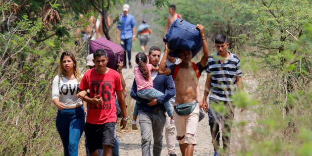 Venezuela, Guaidò annuncia il suo ritorno a Caracas
